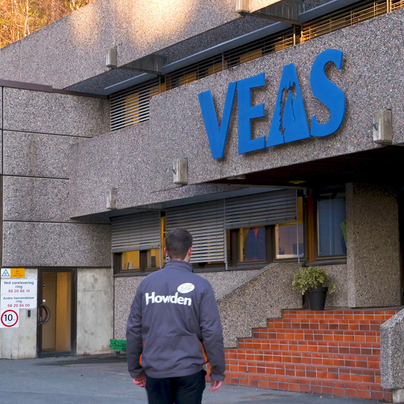 Howden engineer arrives at VEAS